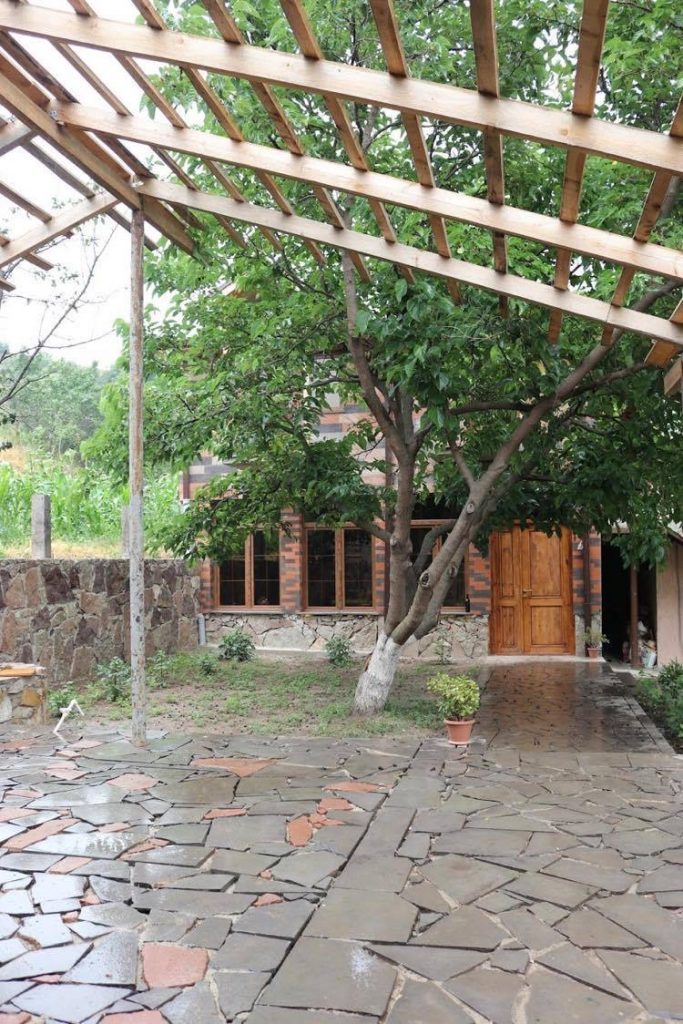 Berkri Gastro Yard and Guest House